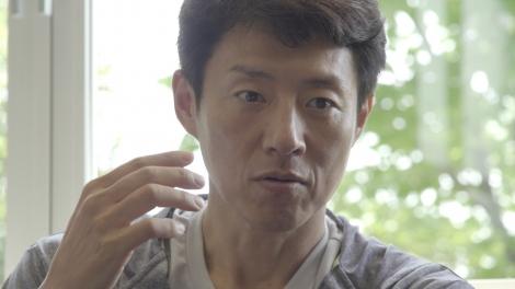 CM『一生に一度の感動・二人の情熱篇』に出演した松岡修造