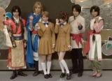 (左から)谷佳樹、輝馬、宮崎理奈、田中れいな、平野良、宮地真緒 (C)ORICON NewS inc.