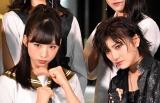 舞台『マジムリ学園』の初日前囲み取材に出席したAKB48(左から)小栗有以、岡田奈々 (C)ORICON NewS inc.