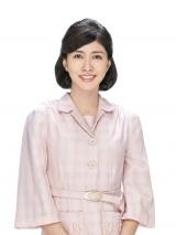 連続テレビ小説『まんぷく』今井家の三姉妹の長女・咲=内田有紀(C)NHK