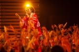とにかく楽しいレキシのライブ 稲穂も揺れる(C)NHK