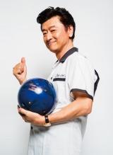 プロ顔負けの腕前を持つ桑田佳祐が史上最大のボウリング大会『KUWATA CUP 2019』を開催