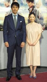 NHKドラマ『遙かなる山の呼び声』の試写会に出席した(左から)阿部寛、常盤貴子 (C)ORICON NewS inc.