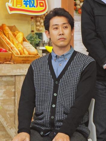 HTB北海道テレビの開局50周年ドラマ『チャンネルはそのまま!』(2019年3月放送)クランクアップを報告した大泉洋(C)ORICON NewS inc.