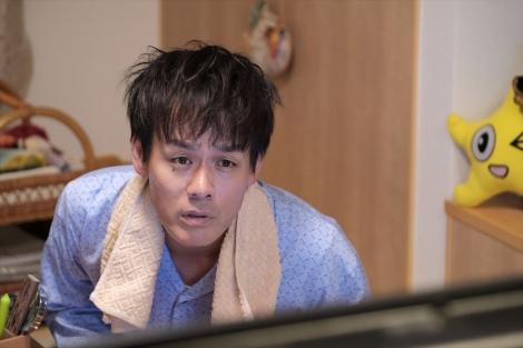 HTB北海道テレビの開局50周年ドラマ『チャンネルはそのまま!』(2019年3月放送)花子の父親役で森崎博之が出演(C)HTB
