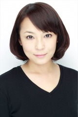 NHK・BSプレミアムの連続ドラマ『我が家のヒミツ』(2019年3月3日スタート)でひとり4役で主演する佐藤仁美