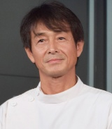 舞台『カクタス・フラワー』囲み取材に応じた吉田栄作 (C)ORICON NewS inc.