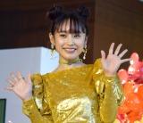 『ディズニー ミッキー90周年 マジック オブ カラー』のオープニングセレモニーに出席した高橋愛 (C)ORICON NewS inc.