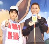『ポケモン』シリーズ最新作のNintendo Switch用ゲーム『ポケットモンスターLet's Go!ピカチュウ・Let's Go!イーブイ』発売記念イベントに登壇した(左から)ヒャダイン、増田順一氏 (C)ORICON NewS inc.