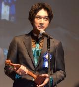 吉沢亮、初の映画賞に喜び「これからも頑張っていきたい」