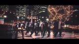 TAKAHIRO氏振付のダンスを披露する吉本坂46