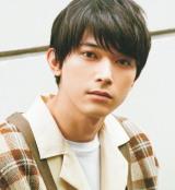 『ViVi』国宝級イケメンランキングで1位に輝いた吉沢亮