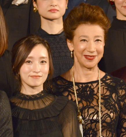 舞台『Endless SHOCK』製作発表会に出席した(左から)梅田彩佳、前田美波里 (C)ORICON NewS inc.