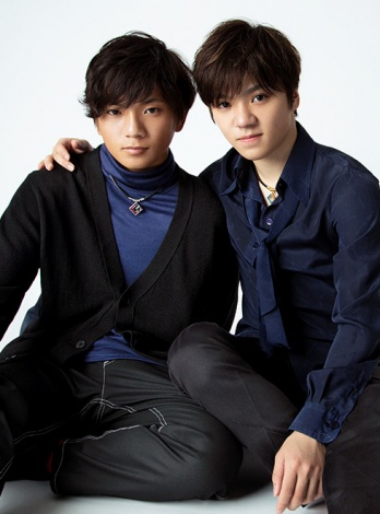 『anan』2129号に登場する宇野昌磨(右)と弟・樹(C)マガジンハウス