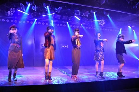 M5「10クローネとパン」=湯浅順司プロデュース公演『その雫は、未来へと繋がる虹になる。』ゲネプロより (C)ORICON NewS inc.