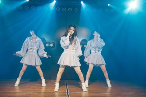 湯浅順司プロデュース公演『その雫は、未来へと繋がる虹になる。』より(C)AKS