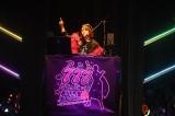 村重杏奈/1期生+指原莉乃が出演した【PartIII】ステージ=HKT48 7周年記念特別公演より(C)AKS