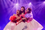 デビュー10周年イベント『ノースリーブス 10th ANNIVERSARY〜丸ごとno3b!!』を行った(左から)高橋みなみ、小嶋陽菜、峯岸みなみ