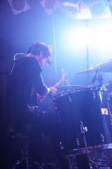 ライブハウスツアー『Round A Ground 2018』の地方ファイナル公演にサプライズ出演した金子ノブアキ