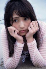 渡辺梨加=欅坂46ファースト写真集『21人の未完成』アザーカット