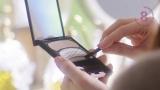 『オーブ ブラシひと塗りシャドウN』Web動画「休日篇」より