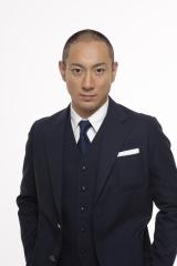 月9ドラマ『SUITS/スーツ』第10話から出演する市川海老蔵