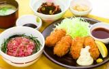 ミニまぐろご飯と広島産カキフライ和膳