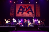 『Act Against AIDS 2018「THE VARIETY 26」』で「U.S.A.」を披露した(左から)岸谷五朗、寺脇康文、三浦春馬、猪塚健太、植原卓也、平間壮一、水田航生(U.S.A)