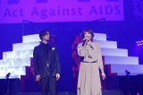 『Act Against AIDS 2018「THE VARIETY 26」』に出演した(左から)加藤和樹、柚希礼音