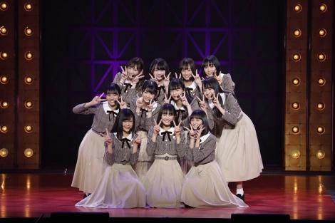 乃木坂46の4期生11人をファンに初お披露目(3日=東京・日本武道館)