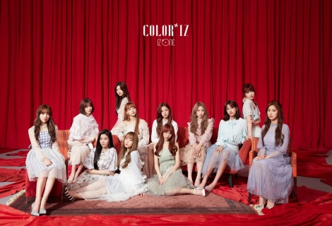 1stミニアルバム『COLOR*IZ』(カラーライズ)でデビューしたIZ*ONE(C)OFF THE RECORD