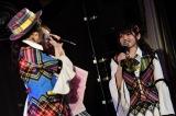 ソロコンサートが決まった村山彩希(右)AKB48劇場13周年特別記念公演 前半の部(C)AKS