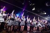 ラストは「桜の花びらたち」で締めくくり=AKB48劇場13周年特別記念公演 後半の部(C)AKS