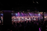 ラストは「桜の花びらたち」で締めくくりAKB48劇場13周年特別記念公演 後半の部(C)AKS