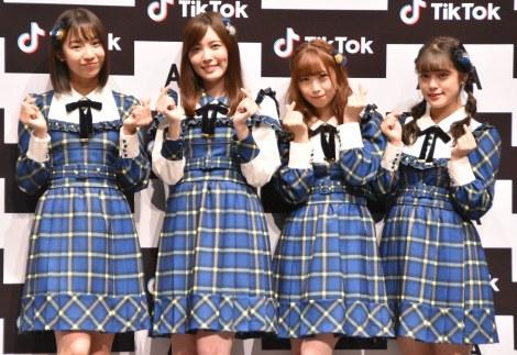 『「SKE48」TikTokerデビューお披露目会』に出席したSKE48(左から)日高優月、松井珠理奈、高柳明音、竹内彩姫、小島よしお (C)ORICON NewS inc.