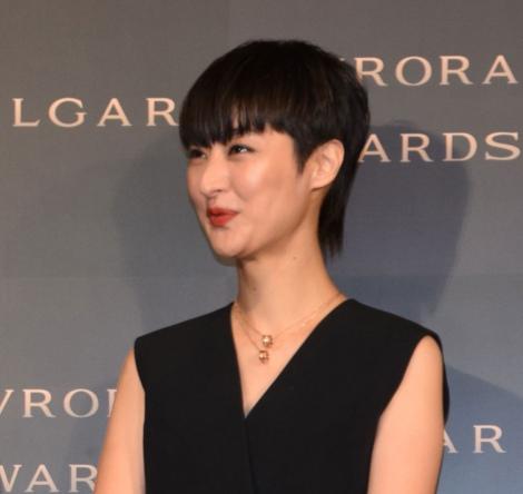 『BVLGARI AVRORA AWARDS 2018』ゴールデンカーペットセレモニーに登場したシシド・カフカ (C)ORICON NewS inc.