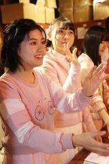SKE48劇場でもお渡し会を開催(手前は活動再開した後藤楽々)(C)AKS
