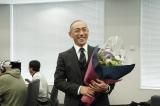 月9ドラマ『SUITS/スーツ』のクランクアップを迎えた市川海老蔵(C)フジテレビ