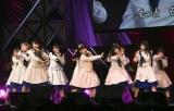 M5:STU48「ペダルと車輪と来た道と」=『第8回AKB48紅白対抗歌合戦』より(C)ORICON NewS inc.