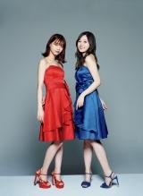 『乃木坂46×週刊プレイボーイ2018』で2ショットを披露した西野七瀬(左)と白石麻衣
