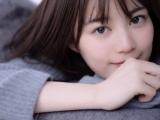 """生田絵梨花""""笑顔ショット""""が連続投稿(画像は写真集公式ツイッターより)"""