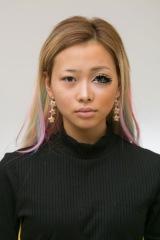 半顔メイクを披露した、eggモデルのきぃりぷ (C)oricon ME inc.