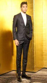 『第31回日刊スポーツ映画大賞』で助演女優賞を受賞した樹木希林さんの代理で出席したUTA (C)ORICON NewS inc.