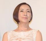 化粧品CM モデル高齢化の背景