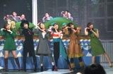 『第69回NHK紅白歌合戦』で行われる「夢のキッズショー」のリハーサルに参加した(左から)指原莉乃、柏木由紀、白石麻衣、生田絵梨花、菅井友香、小林由依 (C)ORICON NewS inc.