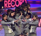 「Teacher Teacher」を披露したAKB48=『第60回日本レコード大賞』 (C)ORICON NewS inc.
