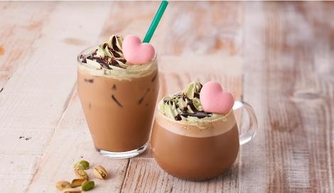 サムネイル タリーズコーヒーのバレンタイン商品『マカロンピスタチオモカ』はオトナ風味(税込Tall 590円、Grande 650円)