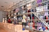 巨大ラックに約250点の衣装が並ぶコーナーは壮観 (C)ORICON NewS inc.