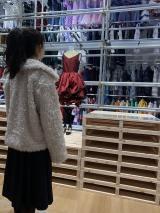 『乃木坂46 Artworks だいたいぜんぶ展』を観覧した堀未央奈(C)乃木坂46LLC