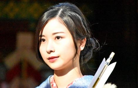 晴れ着姿で成人式を行った乃木坂46・佐々木琴子 (C)